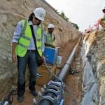 csm_klein_Verlegung_der_von_AGRU_gelieferten_FM-Rohrleitungskomponenten_496d301c95