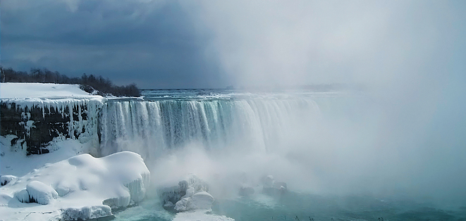 agru-The_Niagara_Falls