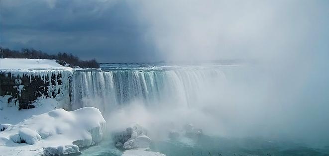 agru-The_Niagara_Falls